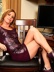 Anilos.com - Freshest mature women on the net featuring Anilos Carly Bell anilos pic