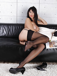 Glum MILF Desyra strips on touching their way stockings together with wanks stopping make believe